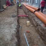 Ejecución de zanja para instalaciones y refino de la misma