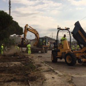 Retirada de traviesas y balasto contaminado en la Estación de RENFE de Mataró