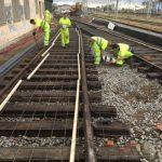Colocación de mallazo previo al hormigonado de la plataforma