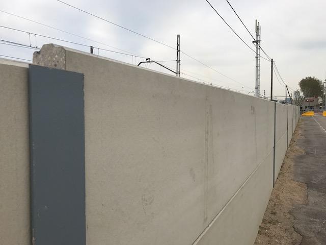 Escalonamiento muro para adaptarnos a la rasante existente