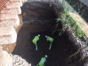 Trabajos en el socavón a 5 metros de profundidad